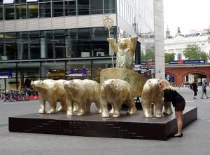 Buddy Bear Quadriga in Berlin
