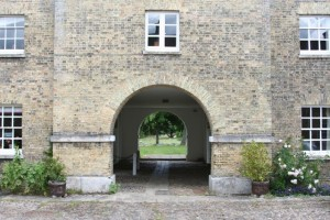 The archway over the Godolphin Arabian's grave
